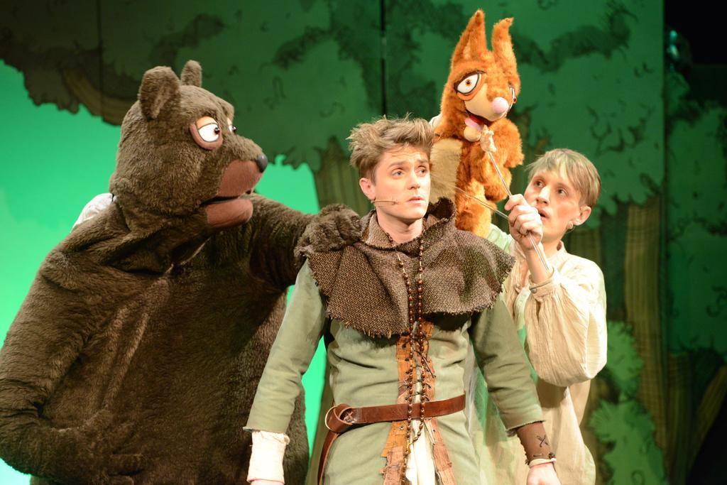 "Premiere: ""Robin Hood junior"""